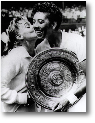 http://www.all-about-tennis.com/images/darlene_hard_althea_gibson.jpg